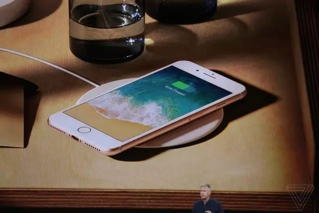  iPhone 十周年亮点不多飙天价:果粉肾累心更累,转向安卓休养生息!