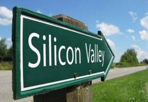 颜桦:为什么中国人蜂拥至硅谷?-天方燕谈