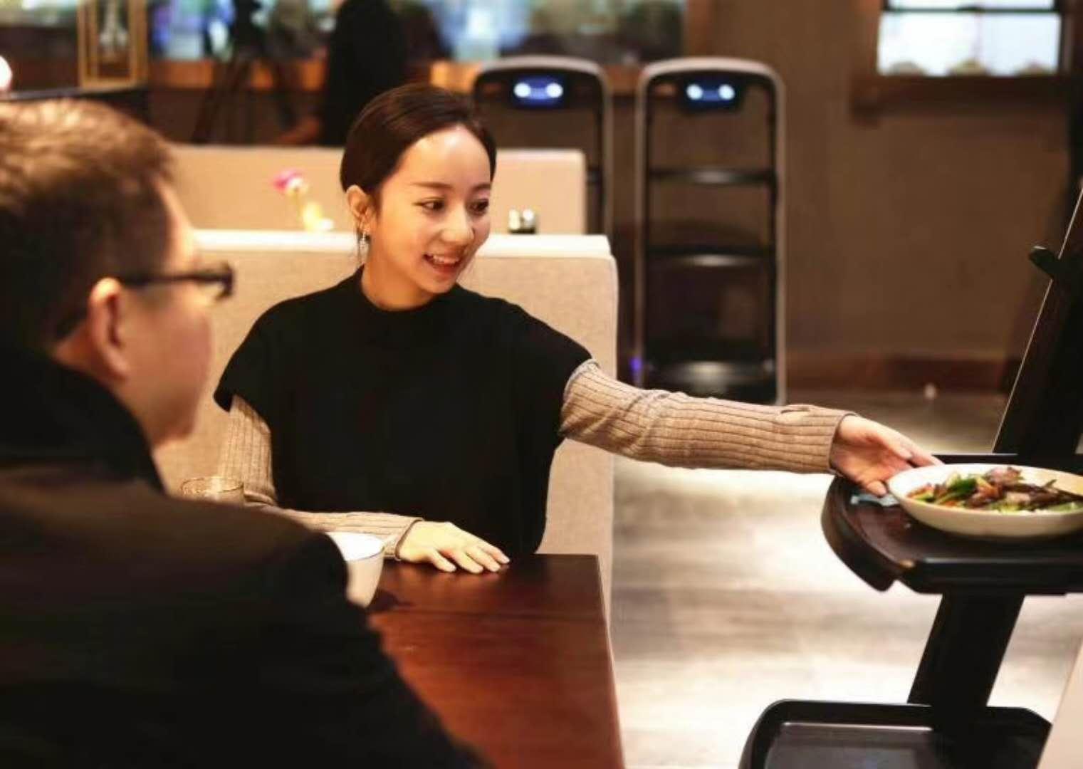 """京东""""不务正业""""的开了家未来餐厅,是在深挖一条护城河"""
